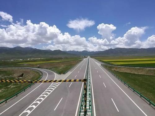 向世界第一高速公路学习的地方